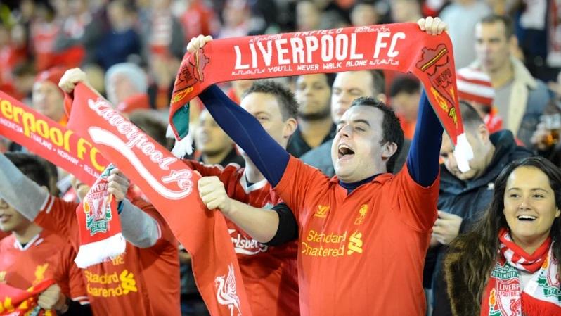 Fans turned Sport Banner